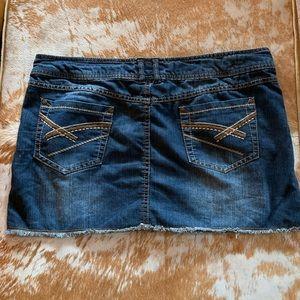 Cute Mini Jean Skirt by SO | Size 11